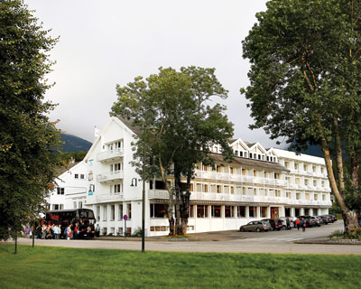 Welcome to Kinsarvik Fjord Hotel